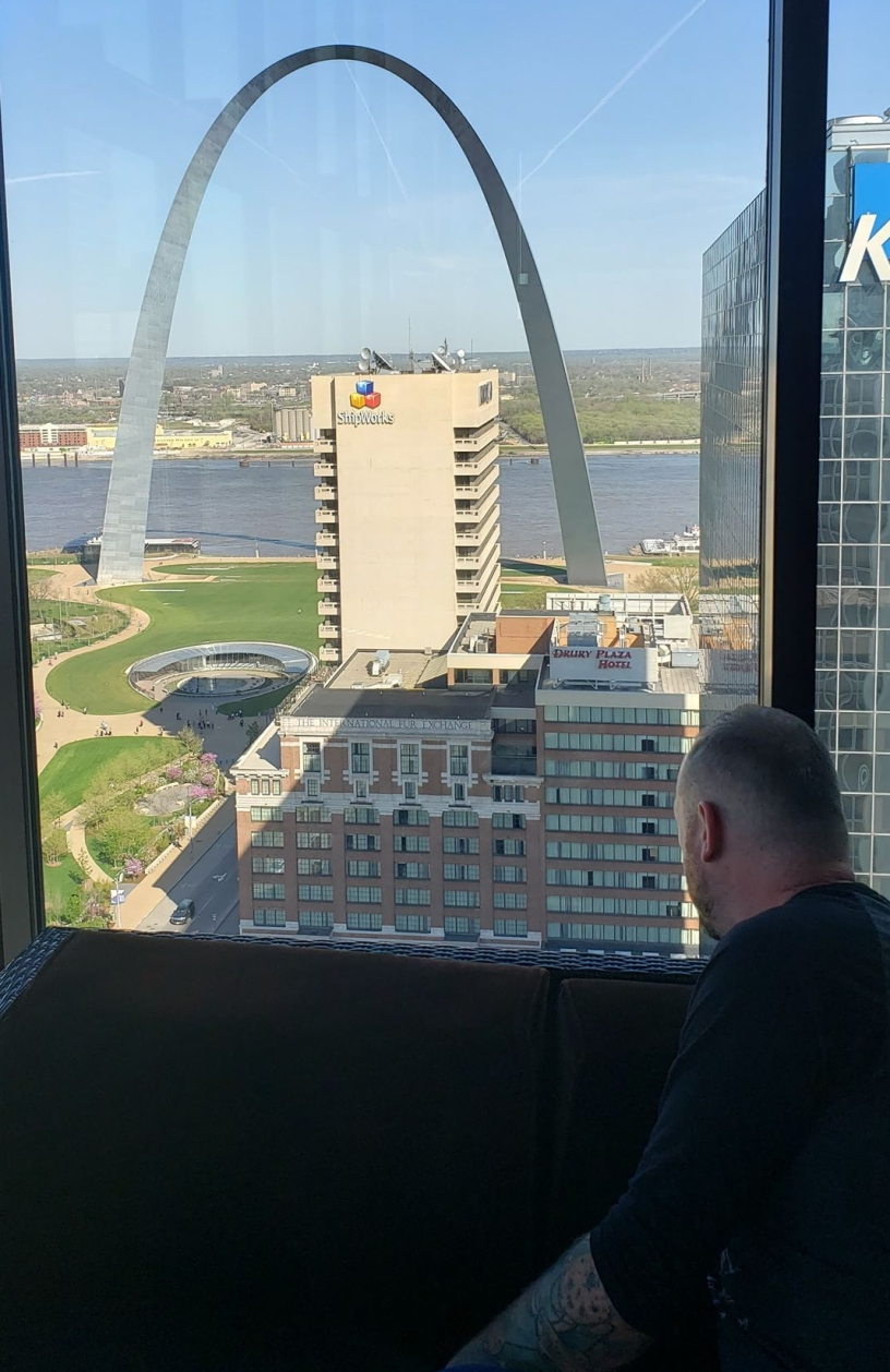 Gateway Arch and Mississippi